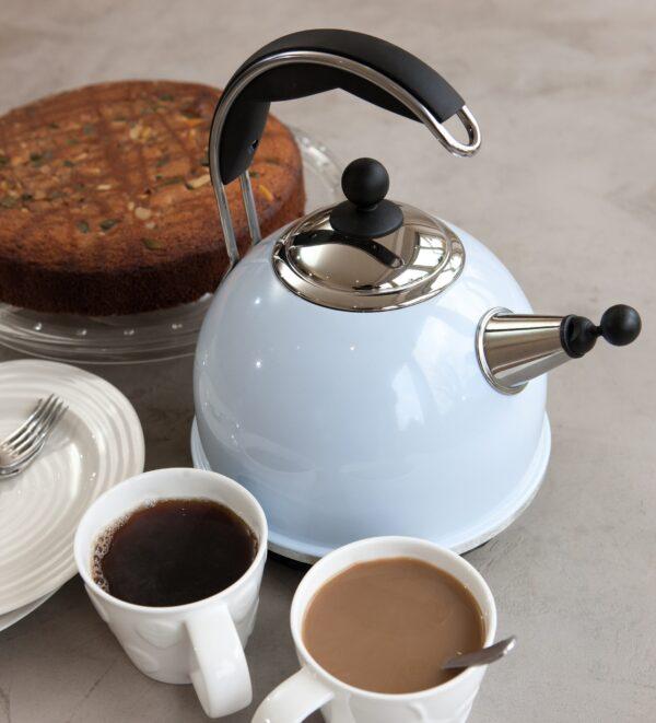 AGA Cookshop Blue kettle