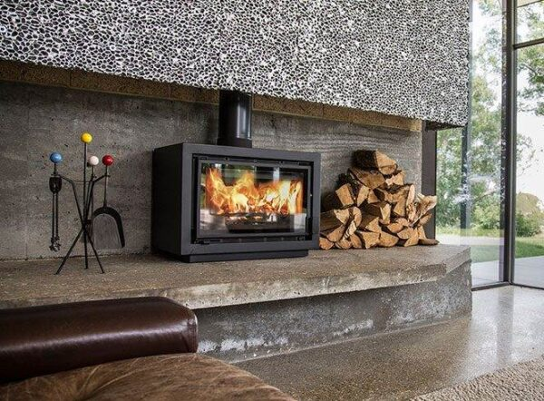 Charnwood Bay 5 BX - The Bay BX is the latest addition to the Bay range. The firebox and frame of the stove is the same as the Bay VL but features an outer casing transforming the appliance into a freestanding stove. The Bay BX can be installed directly onto a hearth or we offer a choice of three base options to raise the stove up: bench stand, centre stand or store stand.