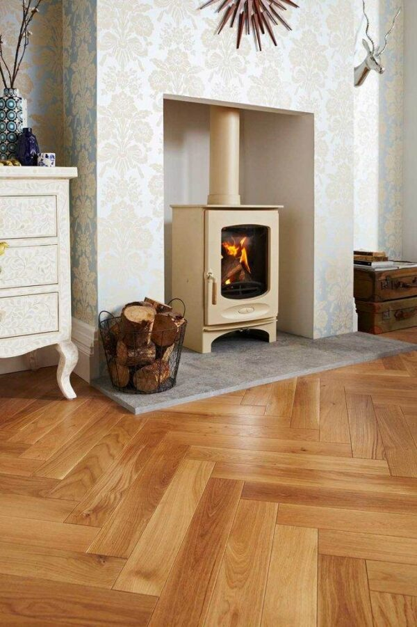 Charnwood C-Eight BLU - The Stove is DEFRA Approved allowing wood burning in smoke controlled areas and is also Ecodesign ready and exceeds the 2022 EU directives for reduced particulates and emissions.
