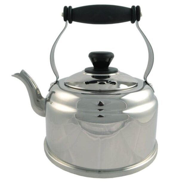 AGA Classic Kettle - The AGA classic shaped kettle which has been designed with 4mm encapsulated base for ultimate contact with the Boiling Plate.