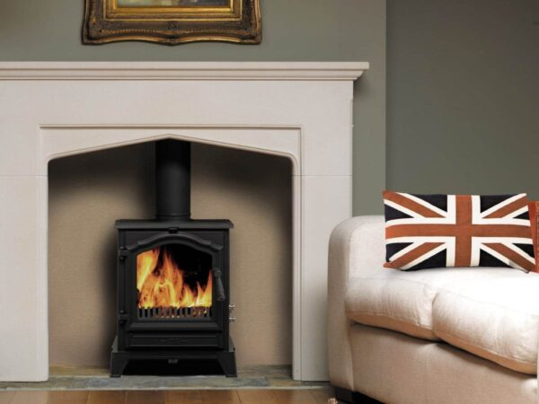 Esse 500 SE Stove - A slightly smaller version of our massively popular 100 Stove, the Esse 500 SE Stove is a handsome log-burner which features ESSE?s instantly recognisable signature door arch styling ? combining traditional looks with advanced technology and performance. With its reassuringly solid cast iron construction, the 500 Vista is every inch an ESSE; a warm heart and focal point for your home, embodying everything we?ve learned in over 160 years as stove-makers. To make it as easy to use as it is on the eye, the 500 Vista features primary and secondary air control sliders, as well as a twin position riddling grate with both wood and mineral fuel settings.