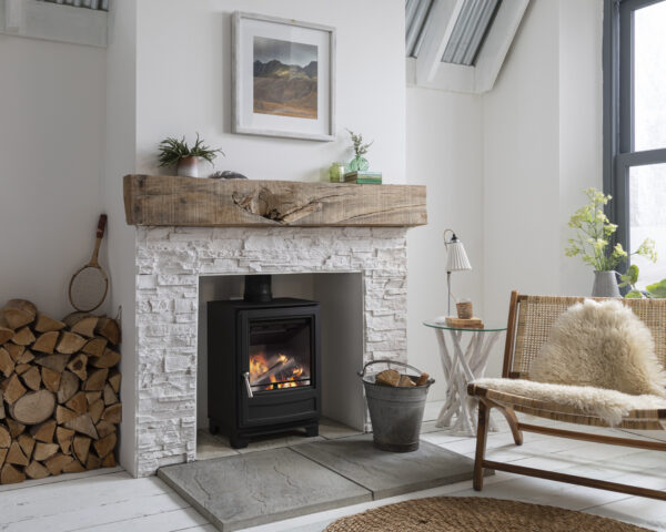 """Arada Ecoburn 5 - NEW for 2020. The all-new series three Ecoburn multifuel stove (burns wood logs or solid smokeless fuel) range comprises three models each featuring the latest and best new Arada heating technology that combines a traditional stove appearance with<a class=""""underline"""" href=""""http://www.stoveindustryalliance.com/ecodesign-ready-stoves-and-air-quality/"""" target=""""_blank"""" rel=""""noopener noreferrer"""">Ecodesign Ready</a>credentials.  Available in 4.9kw and<a href=""""https://www.aradastoves.com/ecoburn-7-s3/p36784"""">7kW</a>outputs, and also a<a href=""""https://www.aradastoves.com/ecoburn-5-widescreen-s3/p36783"""">4.9kW Widescreen</a>option with large door glass with a beautiful flame view. Regardless of which option you choose, each model is a stylish and easy-to-use heating companion for the home."""