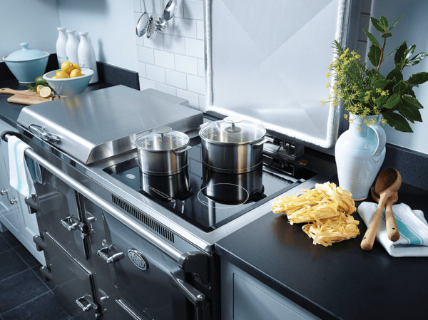 """Everhot 120i - The?Everhot 120iprovides you with three ovens - on the left you?ll find the roasting and baking ovens, and on the right a slow cooking oven for when you have a houseful.?With the 120i the final door conceals all the controls necessary to run the cooker. Click?<a href=""""https://www.topstak.co.uk/events/"""">here</a>?for a list of upcoming cooking demonstrations"""