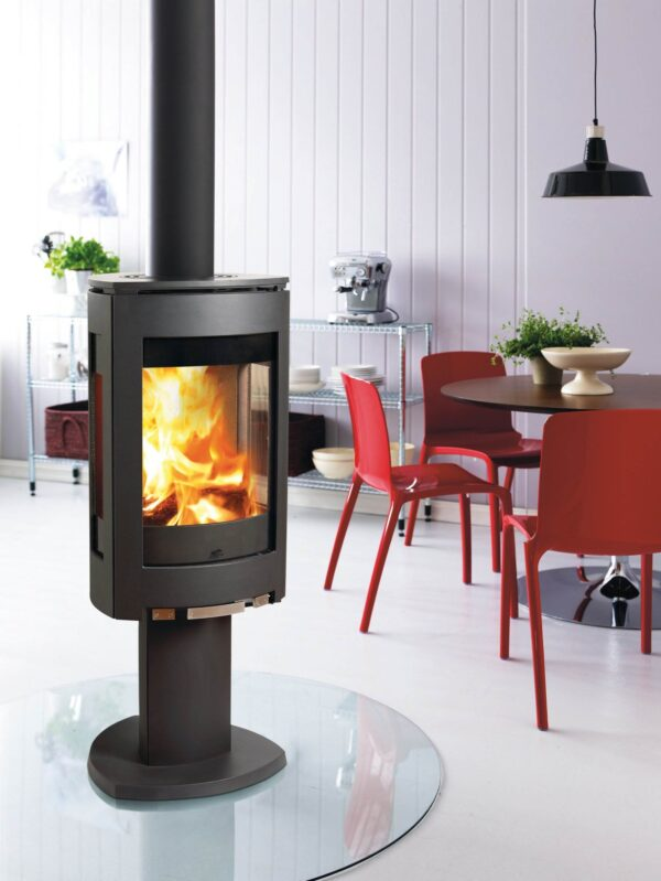 """Jotul F373 Advance - Ex-Display - <table class=""""woocommerce-product-attributes shop_attributes""""> <tbody> <tr class=""""woocommerce-product-attributes-item woocommerce-product-attributes-item--attribute_pa_eco-design-ready""""> <th class=""""woocommerce-product-attributes-item__label""""></th> <td class=""""woocommerce-product-attributes-item__value""""></td> </tr> <tr class=""""woocommerce-product-attributes-item woocommerce-product-attributes-item--attribute_pa_placement""""> <th class=""""woocommerce-product-attributes-item__label"""">Placement</th> <td class=""""woocommerce-product-attributes-item__value"""">Freestanding</td> </tr> <tr class=""""woocommerce-product-attributes-item woocommerce-product-attributes-item--attribute_pa_manufacturer""""> <th class=""""woocommerce-product-attributes-item__label"""">Manufacturer</th> <td class=""""woocommerce-product-attributes-item__value"""">Jotul</td> </tr> <tr class=""""woocommerce-product-attributes-item woocommerce-product-attributes-item--attribute_pa_fuel-type""""> <th class=""""woocommerce-product-attributes-item__label"""">Fuel Type</th> <td class=""""woocommerce-product-attributes-item__value"""">Wood Only</td> </tr> <tr class=""""woocommerce-product-attributes-item woocommerce-product-attributes-item--attribute_pa_style""""> <th class=""""woocommerce-product-attributes-item__label"""">Style</th> <td class=""""woocommerce-product-attributes-item__value"""">Contemporary</td> </tr> <tr class=""""woocommerce-product-attributes-item woocommerce-product-attributes-item--attribute_pa_room-output""""> <th class=""""woocommerce-product-attributes-item__label"""">Room Output</th> <td class=""""woocommerce-product-attributes-item__value"""">3.9 – 9 kW</td> </tr> <tr class=""""woocommerce-product-attributes-item woocommerce-product-attributes-item--attribute_pa_max-width""""> <th class=""""woocommerce-product-attributes-item__label"""">Max Width (mm)</th> <td class=""""woocommerce-product-attributes-item__value"""">443</td> </tr> <tr class=""""woocommerce-product-attributes-item woocommerce-product-attributes-item--attribute_pa_max-depth""""> <th clas"""