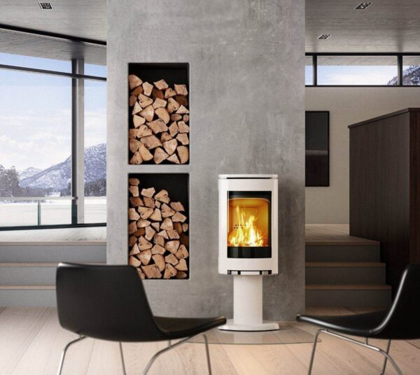 Jotul F370 Series - With the 370 Series, J?tul redefined stove design and won the Red Dot; Best of the best. It quickly became Europe?s most popular stove. With the F 370 Advance we do it again. The view of the fire is even greater and the easy to use air control ensures clean glass. Welcome to the future.