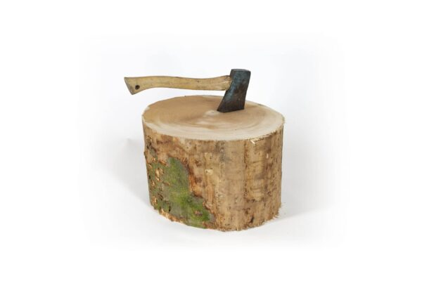 "Chopping Block - <div>Heavy duty solid beechwood chopping block ideal for splitting kindling and logs to size.? Axe not included.</div> <div>Dimensions: Approximately 14"" diameter by 12"" high.</div>"