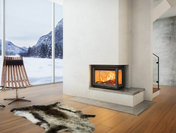 Jotul i520 - The Jøtul I 520 Series is a flexible insert wood burning stovesystem that consists of four inserts. You can choose whether you want glass on one, two or three sides. The design is timeless and the construction optimal and futuristic. Jøtul I 520 has enamelled burn plates which provide a light and airy flame picture. All glass has a heat reflecting surface that ensures cleaner glass and better combustion. Even though the insert is large, it works well even at 3.5 kW effect.