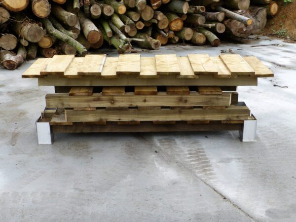 """LOG STORE - 190MM WIDE, SINGLE DEPTH - This store will hold approximately 1 cubic metre of 14"""" Logs. <strong>Dimensions:</strong> Width: 190cm, Height:162cm, Depth: 63cm. <em><strong>Available for backorder - please allow 2 weeks from ordering for dispatch</strong></em>"""