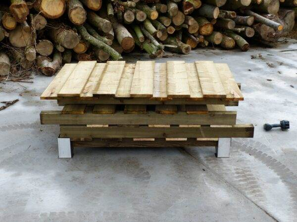"""160 Log Store - Double Depth - This store will hold approximately 1 cubic metre of 14"""" Logs. <strong>Dimensions:</strong> Width: 160cm, Height:184cm, Depth: 100cm.  All of our logstores are made to order with a lead-time of 1-2 weeks."""