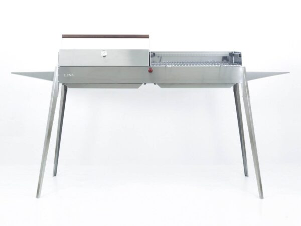 LISA MAXI BBQ with oven kit and searing grill Made In Italy (ex-display) - The outer walls are double with an air vent gap that cools them and self-fuels the branch. With bayonet feet which can be easily dismantled by hand, it is easy to transport and can be easily stored in small spaces. By removing the feet you can place it under a fireplace and use it even in the home. Equipped with two side shelves that can be easily dismantled. All edges are folded in accordance with Iso 9001 standards so no sharp parts are exposed.