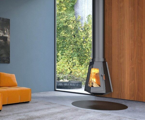 Harrie Leenders Wald - Attached to the ceiling, this stove hovers above the floor. It rotates in any direction, so the fire becomes the centre of the space. The design style chosen for Wald is expressive. To say the least. It is raw and pure. The engineering determines the shape.