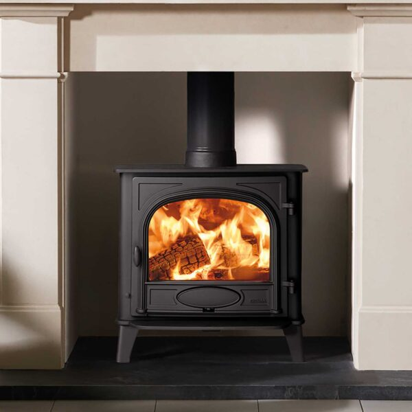"Stovax Stockton 5 Wide - The Stovax Stockton 5 Wide offers the impressive flame visuals of a large format wood burning and multi-fuel stove but with a 5kW heat output suitable for most rooms. With its wide front and narrow depth, this model presents you with an additional option to the popular?<a href=""https://www.stovax.com/stove-fire/stockton-wood-multi-fuel-stoves/stockton-5/"">Stockton 5</a>, whilst maintaining the same 5kW heat output."