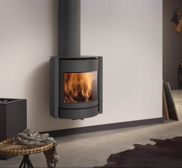 Stuv 30-Up - A hanging stove, ideal for small rooms or low-energy houses with - of course - three functions. Can also be connected to the outside air.