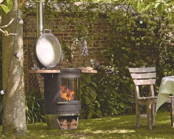 Chesneys HEAT - Terrace Gourmet - The Terrace Gourmet is beautifully engineered with a smooth control system and attractive curved design guaranteed to enhance your garden or terrace.