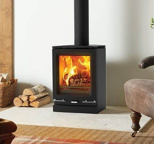 Stovax Vogue Small - An excellent choice for smaller fireplaces or living spaces, the Stovax Vogue Small wood burning and multi-fuel stove provides an ample 5kW of heat despite being the most compact model in the range. This state-of-the-art, ultra-clean burning stove can be selected in multi-fuel or wood burning versions.