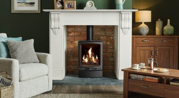 Gazco Midi - Elegantly styled to fit equally well in either contemporary or traditional settings alike, the Gazco Vogue Midi gas stoves feature a cast iron door and top plate with refined curves and bevelled edges. For increased presence, Midline models are mounted on a matching log store base that can be used to house chopped logs to add to the woodburning aesthetic.