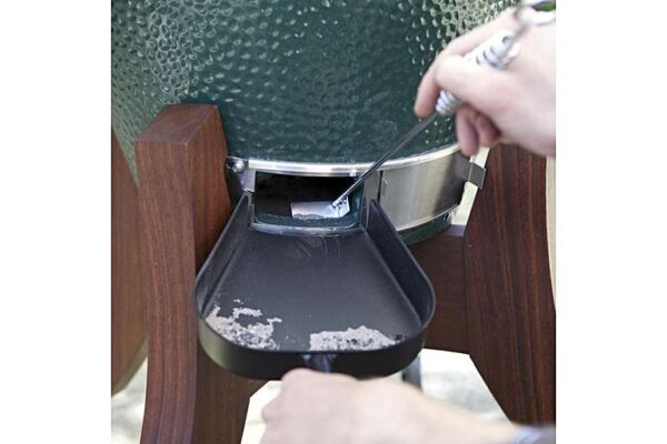 BIG GREEN EGG ASH PAN - The smart feature of this Ash Pan is that it hooks onto the vent door at the bottom of your EGG, ensuring the ash can be easily removed without creating a mess on the ground, or your table.