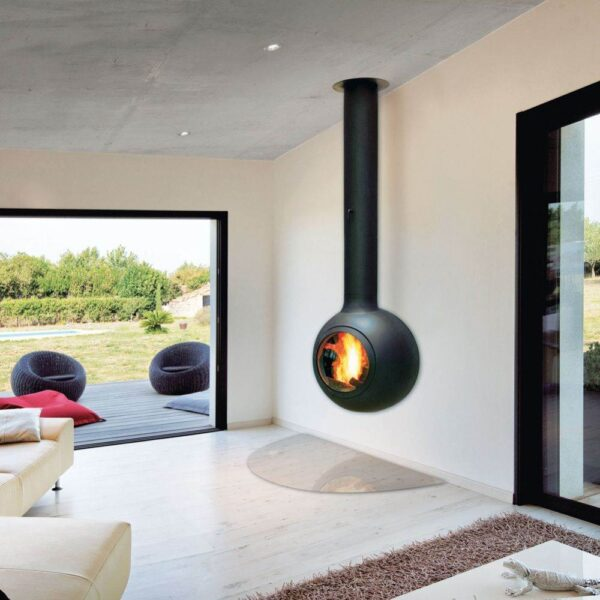Emifocus Porthole - This personable version of the Emifocus brings a human element to fire. These models have the talent, the spirit and the efficiency necessary to satisfy, safely, the most demanding of owners.  Owners who refuse the banality of standard heating systems, prioritising the eloquence and high performance of living flames.