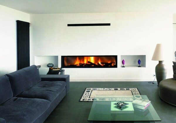 Gigafocus - The Gigafocus is a truly exceptional model. A union of design that allows this fireplace to expose its flames red-handed in their unbridled optimism.
