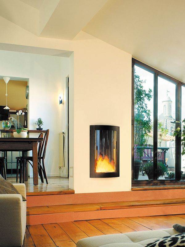 Pictofocus 860 - Using state-of-the-art technology, this sophisticated closed fireplace is highly efficient in terms of combustion and ventilation and has a high thermal output. It is easy to install and is totally secure in use.