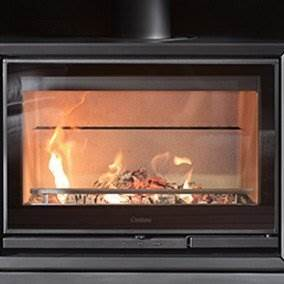 Contura 330G - Floor-level fireplace. The low Contura 330G enables you to place your fireplace at floor level, either freestanding or inside an existing masonry chimney (the stove in the illustration has a fire-rated constructional hearth). The Contura 330 is available in black metal with a glass door. Do you want a log box? You have a choice of three. Design your own fireplace with different combinations.