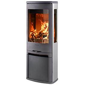 Contura 750A - Aluminium gives a really interesting contrast to the glow of the flames. If you want something that feels trendy not just now but for many years to come Contura 750A is an obvious choice. Both sides and rear are clad in aluminium which makes it even more attractive for positioning in the middle of the room.