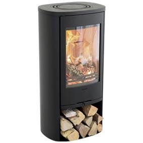 Contura 810 Style - A compact stove for easy positioning in any interior. The basic model in this range is available in grey, white and black, and the upgrade to Style now means that the door features an even taller glass pane for even better flame visibility. The chimney can be connected to the top or rear of the stove on all models.