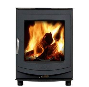 Aga Ellesmere 5 - The latest editions to the AGA Stoves family are dynamic, exciting newcomers. Blending contemporary and traditionaldesign, the new range of Ellesmere stoves offer clean lines and solid performance.