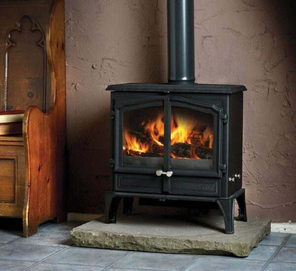 Esse 100 SE DD - One of our very best sellers, this beautiful stove embodies everything that people love about ESSE wood-burners, on a relatively small scale. Built wide and slim, it's the perfect choice for style and warmth if your hearth depth is on the limited side. It may not be one of our bigger models, but the clean-burning 100 has all the presence of a classic ESSE stove – with our signature VISA door arch styling, and a large window enabling you to enjoy a landscape view of your fire.