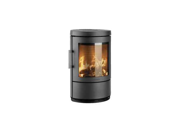 Hwam 3110 - The design of this elliptical stove series originates in pure Scandinavian lines and simple forms that make the HWAM 3100 series more than just stoves. They are also attractive items of furniture that will adorn and warm any home. Hung on the wall, it has a discreet expression and is particularly easy to clean.