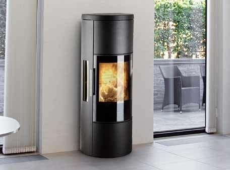 Hwam 3650 - HWAM 3650 is an ecofriendly and tall wood-burning stove with a concealed wood section and heat storage compartment. By placing stone in the compartment, the heat will be stored and gradually emitted for several hours.
