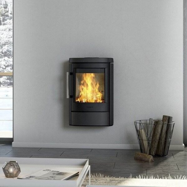 Hwam 4520 - A beautiful stove that both wall mounted and on a plinth, completing the interior design of every home.