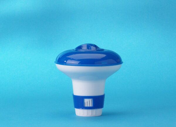 Small Floating Dispenser - Ideal for a small pool or hot tub. Used for slow release and safe dissolving of Chlorine, Bromine or Oxygen tablets.