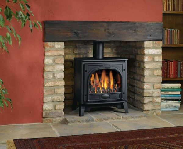 Gazco Stockton Medium Gas - Using cast iron for the door and heavy gauge steel for the body, Gas Stockton2 stoves combine simple, understated lines with Gazco's superb living flame technology. Both Small and Medium sizes provide superior flames, with carefully positioned flame ports ensuring a varied and natural display amongst the hand painted logs. Stockton2 stoves can be upgraded with either a Standard or Programmable Thermostatic remote control if desired, and are available in either conventional or balanced flue versions to suit a variety of installations.