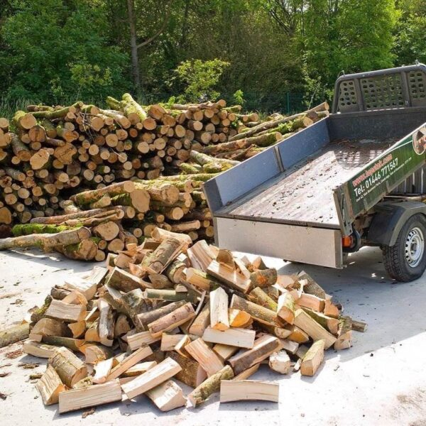 "Un-Seasoned Firewood 14"" Tipper Load - SOUTH WALES DELIVERIES ONLY. This is the most economical method of buying your firewood. The logs are freshly cut and are a great mix of hardwoods including Ash, Beech & Birch. However, this wood is not ready to burn and should be seasoned for at least a year outside in the open air, under cover such as a log store, so the moisture content is 20% or less."