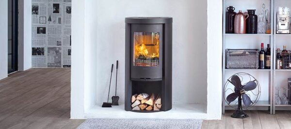 Contura 520 Style - The Contura 520 Style stove with cast iron door gives maximum heating output from minimal area. 100 kg heat retaining powerstone top and convection damper give excellent heat retention and heat distribution.