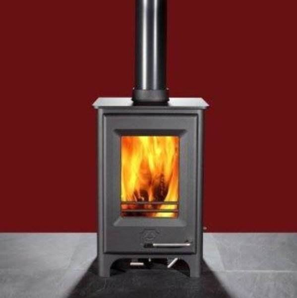 Woodwarm Phoenix Firewren ECO - Our passion for design and detail have helped us create stoves which have Ultra-low emissions exceeding the Eco design 2022 ready scheme, making it a true environmental leader.  At only 422mm wide this 4kW stove is suitable for smaller rooms, garden rooms, lodges, boats and even conservatories. It may be the baby of the range with its 4kW output, but it still packs a punch. Pictured here with an Integral Log Store Style Base.