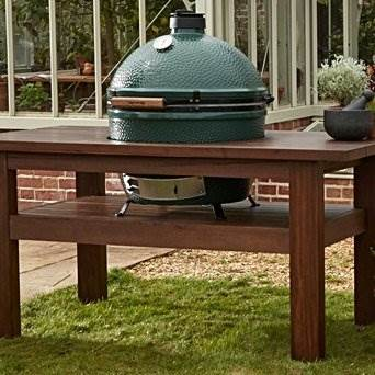 Premium Royal Mahogany Table for X-Large Big Green Egg - A beautiful and incredibly durable table in which the EGG is the centrepiece, as it should be!