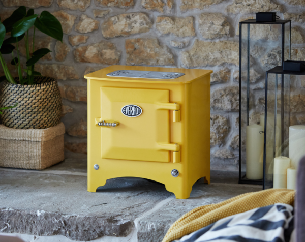 Everhot Electric Stove - <strong>ORDER NOW FOR DELIVERY MARCH 2021</strong>    The Everhot electric stove is the perfect blend of traditional good looks and modern efficiency. A 1.5kW thermostatically controlled heating element gently warms the room and behind the cast iron door you will find a 20 litre oven, perfect for cooking small dishes. The quality engineered steel and cast iron heat storage construction will provide heat long after the stove has been turned off.