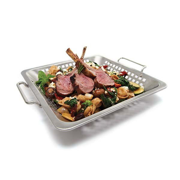 Broil King Grilling Wok - 30.5 x 30.5 cm perforated stainless steel grilling wok with stainless handles. The single draw design improves functionality and rigidity, it also makes it much easier to clean.