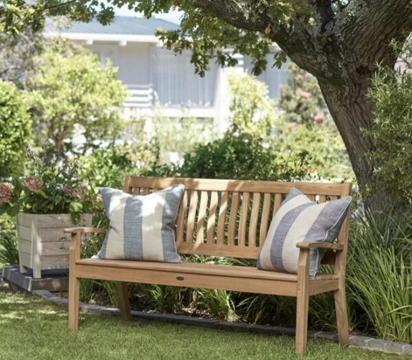 Neptune Canterbury Wave Back 5ft Bench - With its simple shape,this bench is ideal if you like a more modern look, but it's still designed with comfort in mind. The waved backrest gently supports your spine and lets you relax while sitting. And the subtle design blends in with any garden style.