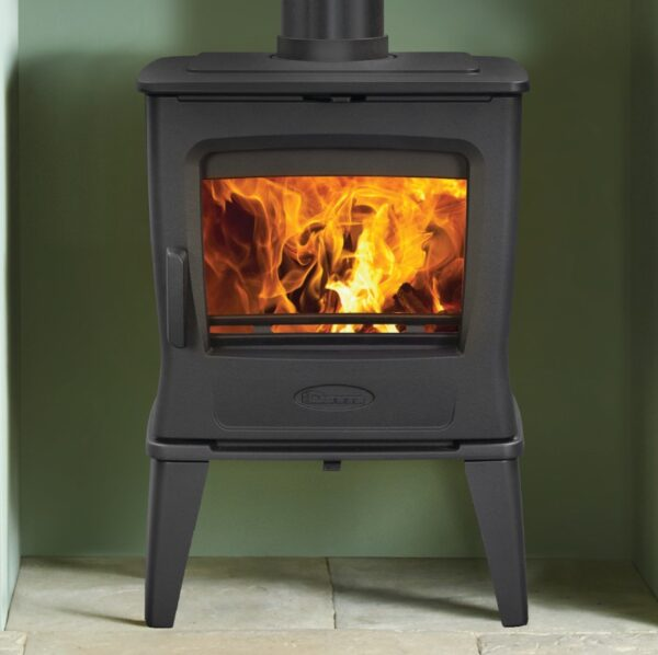 Dovre Tai 35 Wood Burning Stove- Refurbished stove - The Dovre Tai 35 Wood Burning Stove in Matt Black offers an impressive 6.5kW in nominal heat output, which is thermostatically controlled for maximum efficiency and usability.