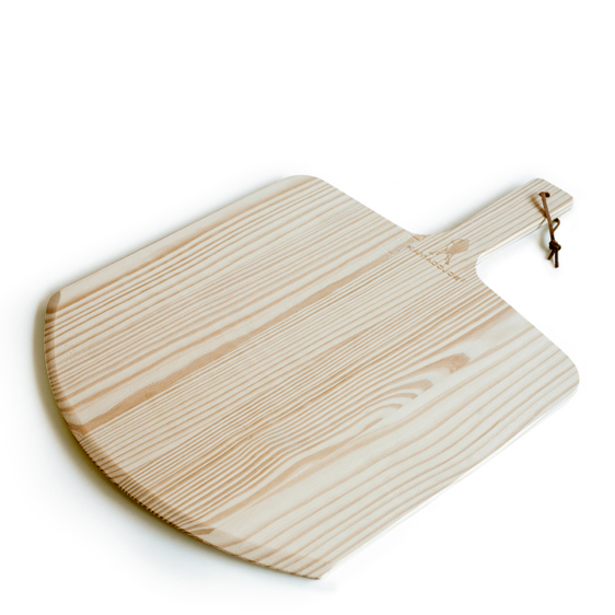 Kamado Joe - Pizza Peel - With a wooden flat edge designed to slip underneath the pizza crust for effortless plating, our pizza peel is the perfect lightweight serving tool.