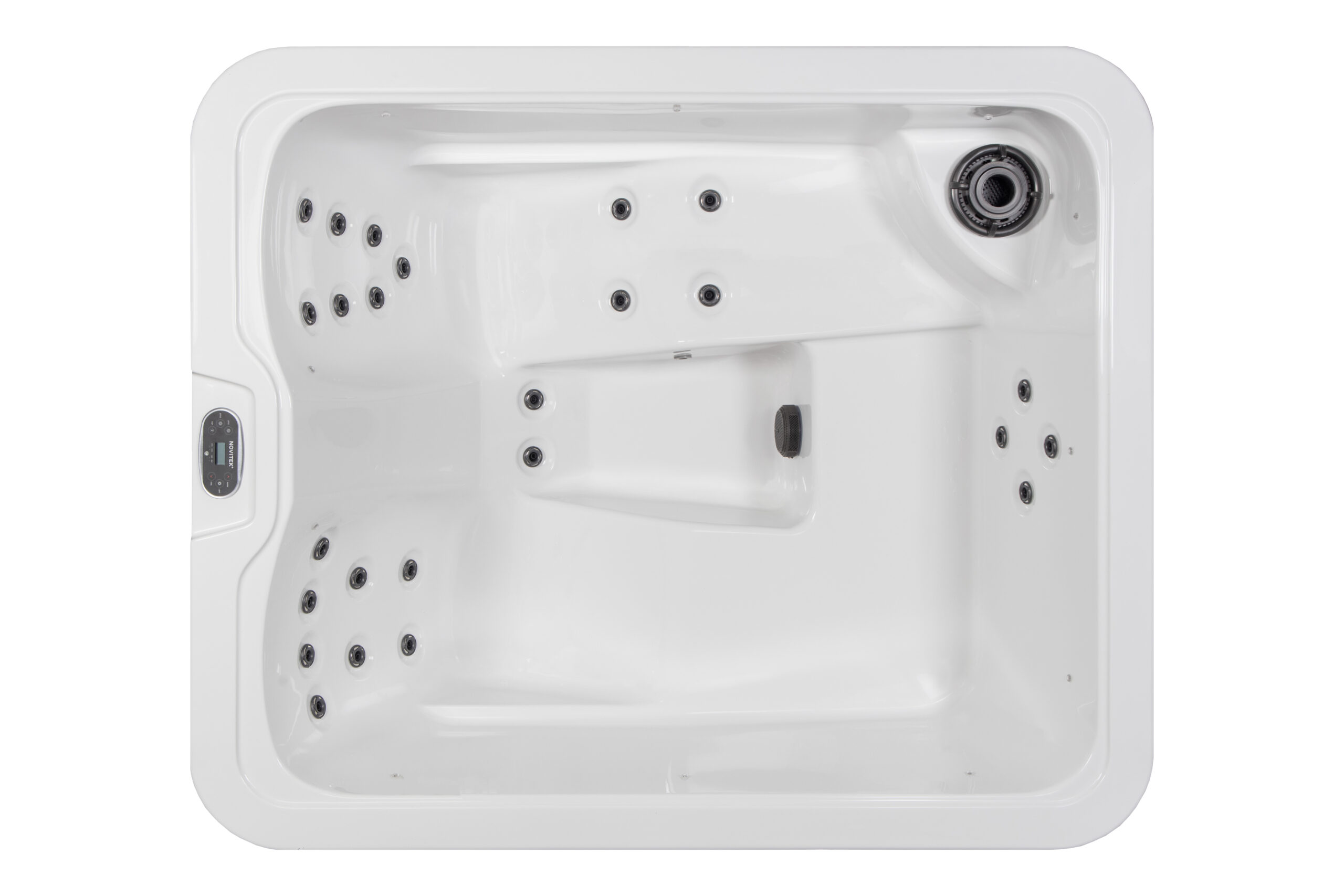 Novitek Ropi hot tub
