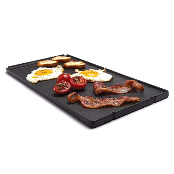 BROIL KING CAST IRON GRIDDLE - IMPERIAL/ REGAL - BROIL KING CAST IRON GRIDDLE - IMPERIAL/ REGAL 48.9 x 30 cm – For Broil King and Huntington gas grills. Reversible cast iron griddle with matte porcelain coating. Use in place of cooking grid section. Fits models: Regal 420, 440, 490, 490PRO, Imperial 490, 590, XL