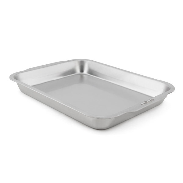 BROIL KING STAINLESS STEEL ROASTING PAN - BROIL KING STAINLESS STEEL ROASTING PAN This stainless roasting and drip pan has many uses on or around the grill. Use as a roasting pan or drip tray for the Broil King 62602 rib rack. Easy to clean, dishwasher safe. 13.25-in x 10.15-in x 1.5-in. Works with the Broil King 60745 grid lifter too. The Broil King 50420 foil pans fit perfectly to use as tray liners.