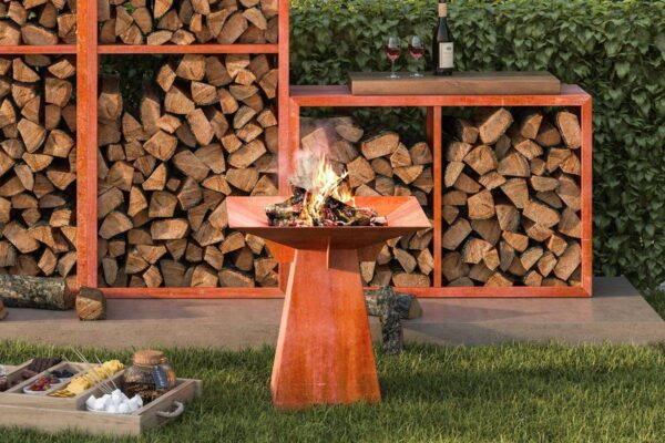 Hwam Fuego Firepit - Making Popcorn or toasting marshmallows around the dancing flames of the FUEGO firepit. Relive the true taste of a campfire. They are so easy to make and it just adds something special to the mood. The FUEGO firepit is made from the highest quality Corton Steel which will age and weather naturally with a beautiful stylish rust contemporary look.